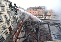 Fire grips Turin's Cavallerizza Reale (ANSA)