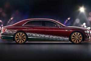 Bentley, una Flying Spur per Babbo Natale (ANSA)